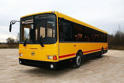 Автобус ЛиАЗ-5256 городской, вид сбоку