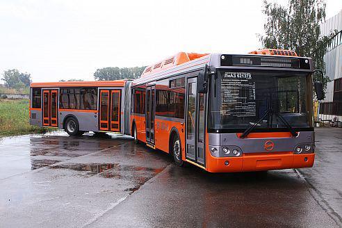 Автобус ЛиАЗ-6213, вид спереди